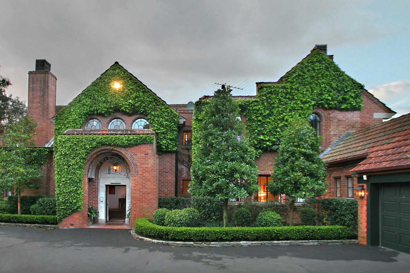 Godden Crescent House Sumich Chaplin Architects