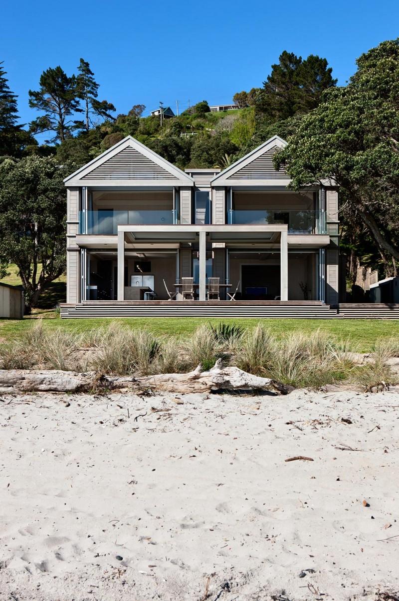 Onetangi Beach House Sumich Chaplin Architects